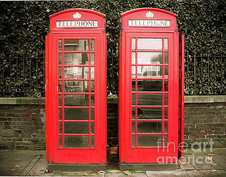 Sonja Quintero - London Red Phone Booths