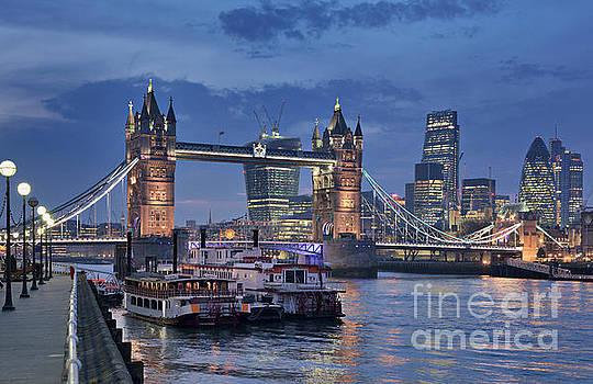 London Tower Bridge by David Bleeker