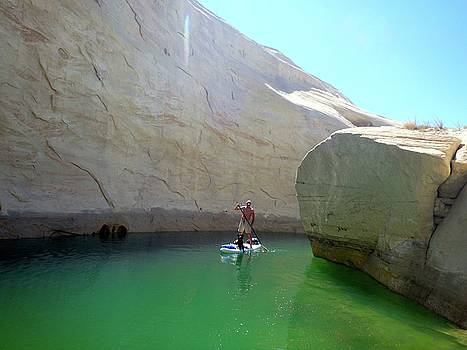 Lone Rock Lake Powell paddleboarding 2014 by Leizel Grant