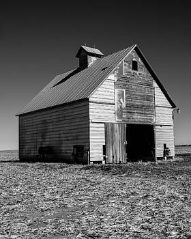 John McArthur - Lonely Old Barn Vertical