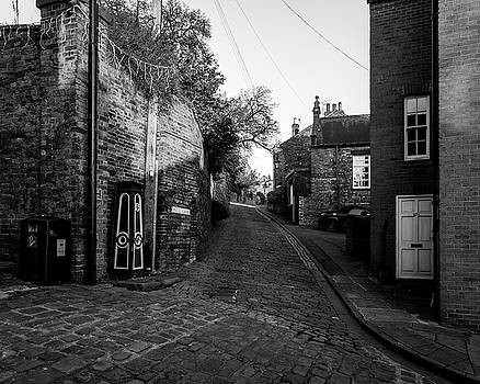 Jacek Wojnarowski - Looking Down Well Lane Lincoln