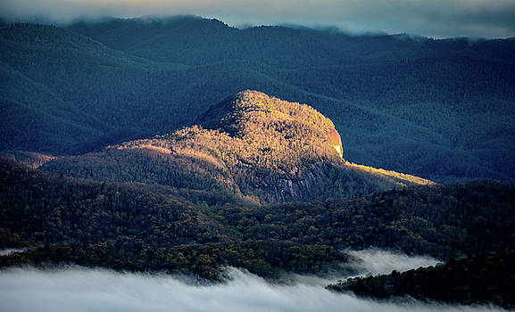Looking Glass Rock Morning Light by Donnie Whitaker