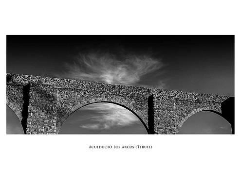 Los Arcos by Phil Fiddyment
