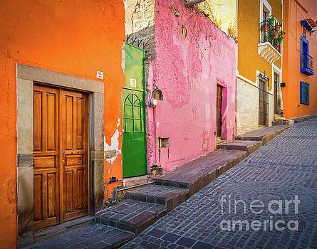Los Colores de Guanajuato by Inge Johnsson