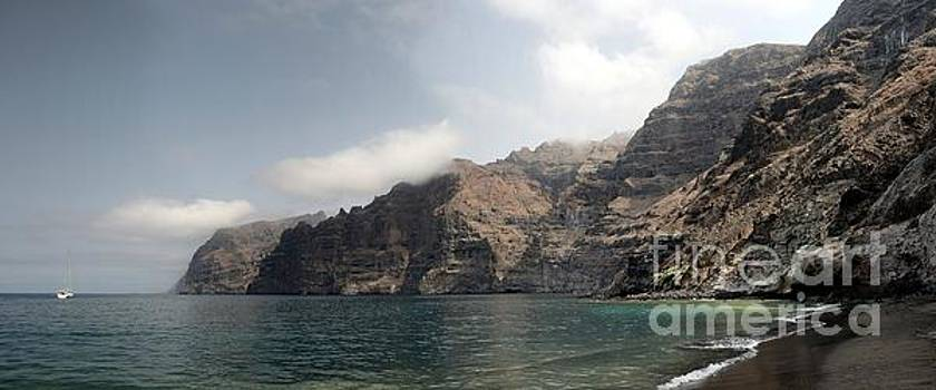 Los Gigantes Panorama by John Chatterley