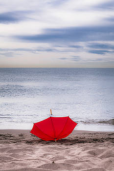 Lost umbrella by Maria Heyens