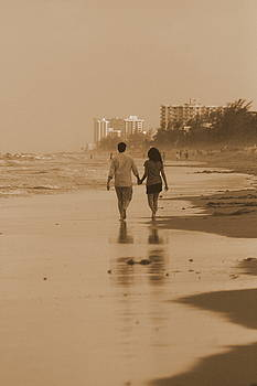 Love and the Beach by Mariajesus Soula