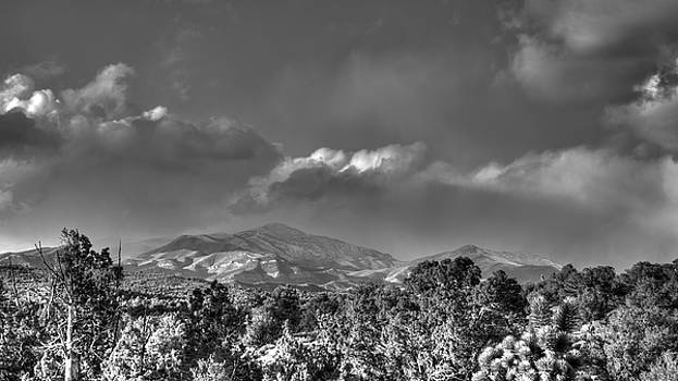 Lovell Snowstorm by Robert Melvin