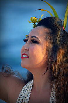 Lovely Hula Girl by Lori Seaman
