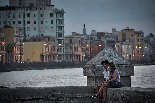 Lovers Along the Malecon by Paki O'Meara
