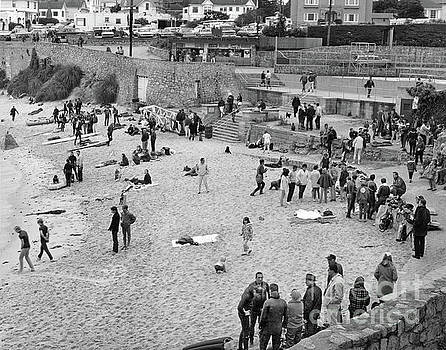 California Views Mr Pat Hathaway Archives - Lovers Point Beach with lots of Scuba Divers Circa 1968