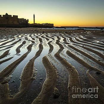 Low Tide on La Caleta Cadiz Spain by Pablo Avanzini