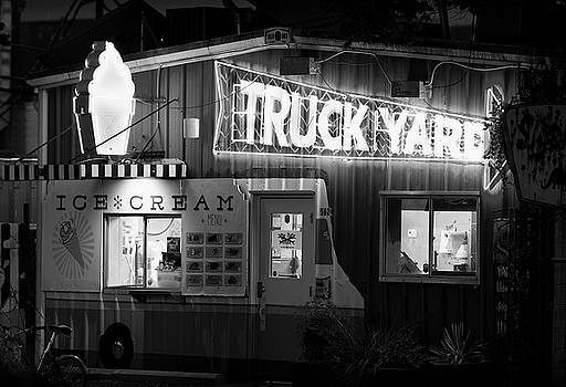 Lower Greenville Truck Yard B W 062018 by Rospotte Photography