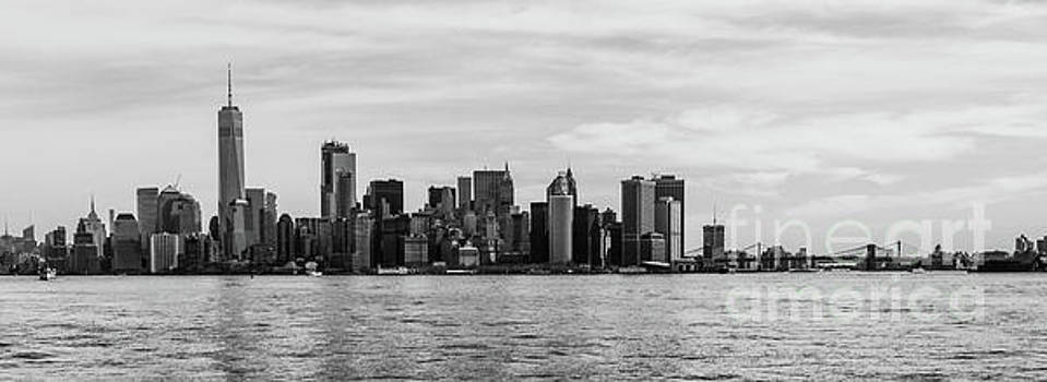Lower Manhattan and the Brooklyn Bridge by Thomas Marchessault
