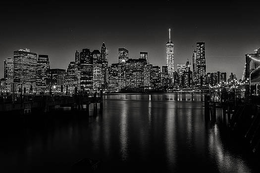 Lower Manhattan from the Brooklyn piers by Dick Wood