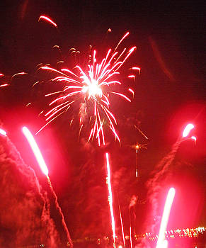 Elizabeth Hoskinson - Luau Fireworks I