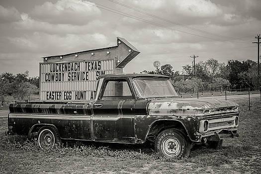 Luckenbach Truck by Steven Bateson