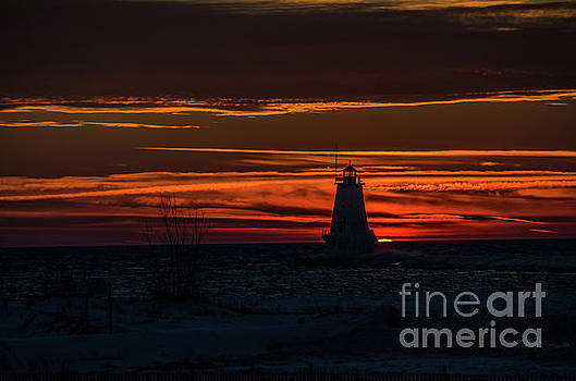 Ludington Light Silhouette at Sunset by Sue Smith