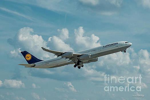 Reid Callaway - Lufthansa Airlines A Departure Airbus 340-300 D-AIGO Airport Art