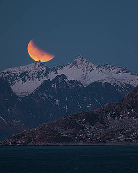 Lunar Eclipse in Lofoten by Alex Conu