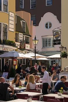 Lunch in Brighton by Trevor Wintle