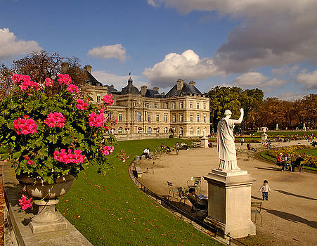 Mick Burkey - Luxembourg Palace