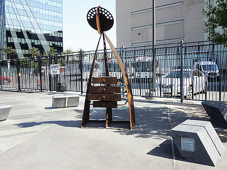 LV Street Sculpture by Bruce Iorio