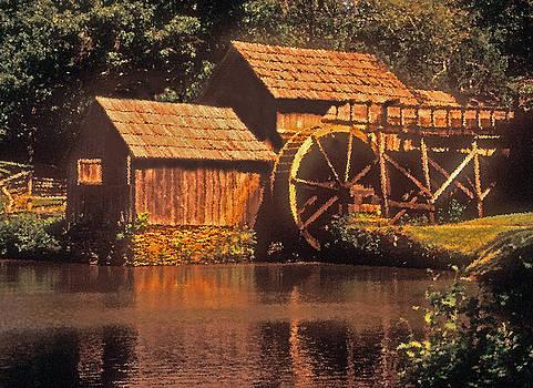 Dennis Cox WorldViews - Mabry Mill