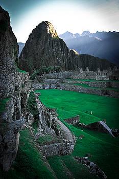 Machu Pichu Sunrise by Jonathan Hansen