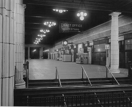 Chicago and North Western Historical Society - Madison Street Station Ticket Office - 1940
