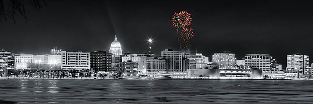 Steven Ralser - Madison - Wisconsin - New Years Eve Fireworks 3