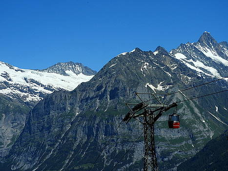 Maennlichen Gondola Calbleway, in the background Mettenberg and Schreckhorn by Ernst Dittmar