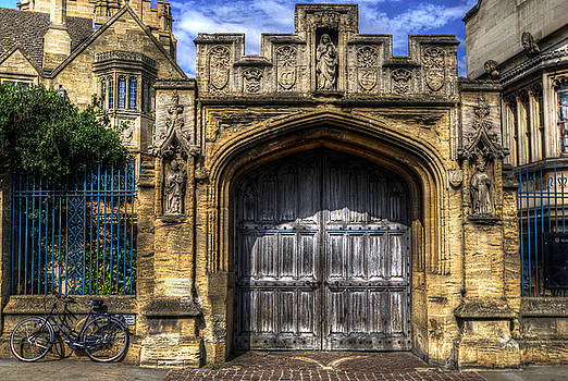 Yhun Suarez - Magdalen College Door - Oxford