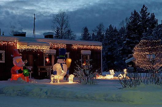 Magic Christmas lights in Sweden by Tamara Sushko