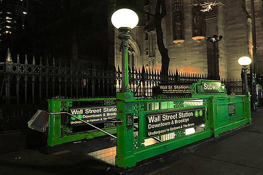Peter Potter - Magic New York Subway Station