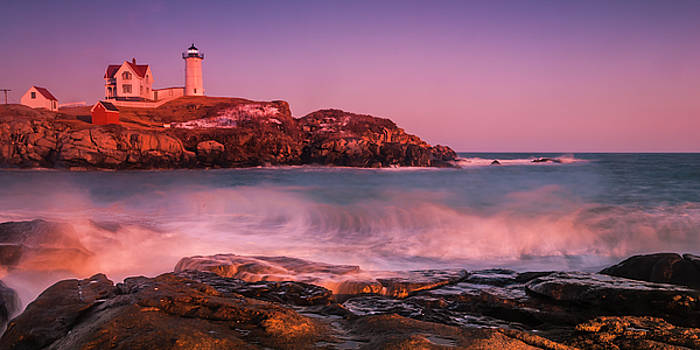 Ranjay Mitra - Maine Nubble Lighthouse Waves Panorama