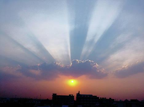 Majestic rays by Atullya N Srivastava