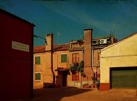 Malamocco House No2 by Anne Kotan