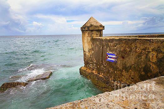 Malecon - Havana, Cuba Sea Wall by Colin Cuthbert