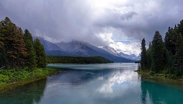 Maligne Lake by Heather Vopni