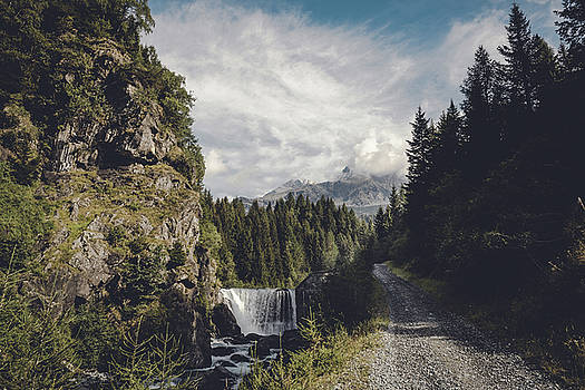 Mallero Mountain Creek - Chiesa in Valmalenco - Lombardia - Italy by Dirk Wuestenhagen
