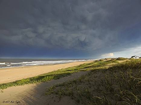 Mammatus Over Carova Beach by Matt Taylor