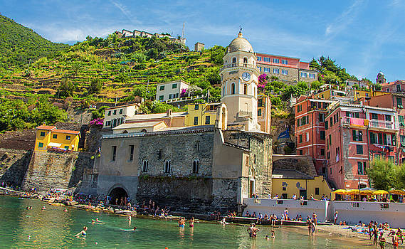 Venetia Featherstone-Witty - Vernazza, Cinque Terre, Italy