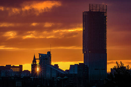 Manchester skyline at dawn by Neil Alexander