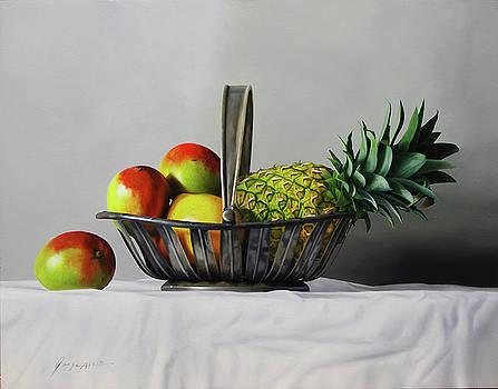 Mangos and pineapple by Jorge  Alberto Gonzalez