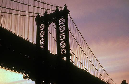 Manhattan Bridge by Gerard Fritz