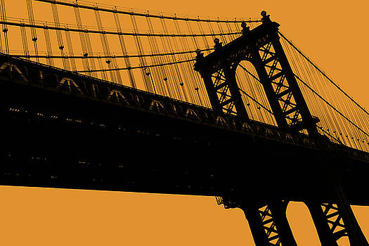 Manhattan Bridge by Philip Holt