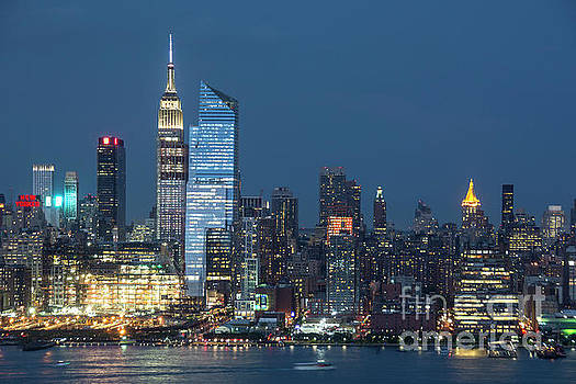 Regina Geoghan - Manhattan by Night