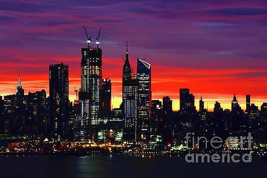 Regina Geoghan - Manhattan Delightful Dawn