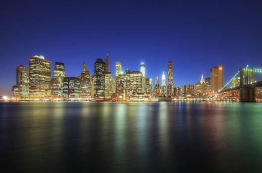Yhun Suarez - Manhattan Nite Lites NYC